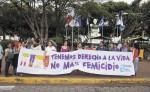 """Miembros de la Red de Mujeres de Matagalpa realizaron un plantón ayer exigiendo """"sanción legal y social"""" contra el autor del asesinato de Yessenia Suyén Montenegro Morán. LAPRENSA/LUIS EDUARDO MARTINEZ"""
