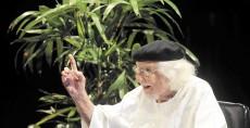 Managua. 27/Enero/2015.homenaje a ernesto cardenal en el teatro nacional ruben dario. Maynor Valenzuela/ LA PRENSA