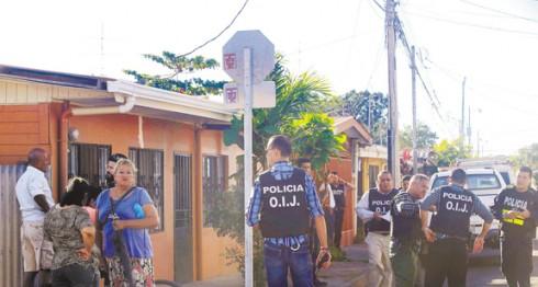 El OIJ continúa investigando en la escena del crimen  para esclarecer el hecho registrado en Liberia, Guanacaste, al norte de Costa Rica. LA PRENSA/CORTESÍA GRUPO NACIÓN/RAFAEL PACHECO