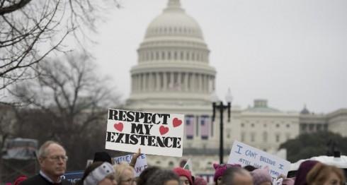 Manifestantes en la Marcha de Mujeres en Washington. LA PRENSA/AFP/ JIM WATSON