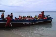 Esta foto fue tomada por un turista costarricense en el momento en que la Reina del Caribe salía de la playa de Picnic Center, en Corn Island, rumbo a Little Corn Island. Cuatro horas después sería tragada por una ola gigantesca.
