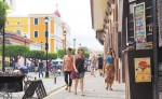 El sector turístico de Granada  tiene cifradas altas expectativas en el Festival Internacional de Poesía y la Semana Santa. LA PRENSA/R. FONSECA