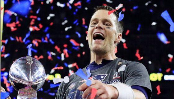 Tom Brady fue la principal pieza ofensiva de los Patriots y alcanzó su quinto título. Foto: EFE