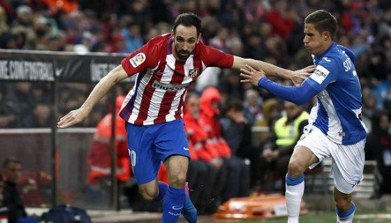 Juanfran lateral del Atlético. LAPRENSA/ EFE