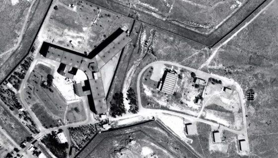 La cárcel militar de Saydnaya, uno de los centros de detención más importantes del país, situado a 30 kilómetros al norte de Damasco. LA PRENSA/EFE