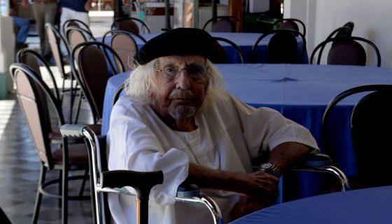 El defensor del poeta Ernesto Cardenal promovió el pasado lunes un incidente de nulidad. LA PRENSA/Roberto Fonseca