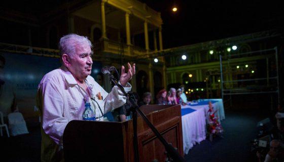 Antonio Gamoneda durante un recital en el XIII Festival Internacional de Poesía de Granada. LA PRENSA/EFE/Jorge Torres