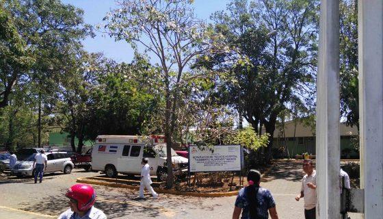 Carlos José Hernández recibe atención en el hospital de Masaya. LAPRENSA/NOEL GALLEGOS