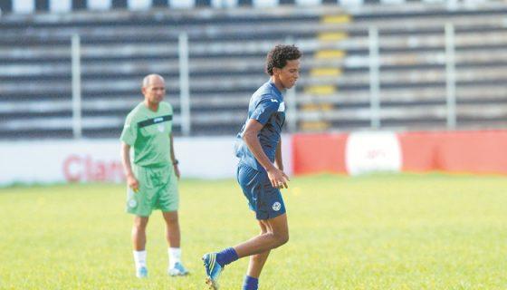 El delantero Ariagner Smith volvió a ser tomado en cuenta en la Selección de Futbol, tras siete meses de ausencia en las convocatorias. LAPRENSA/ ROBERTO FONSECA
