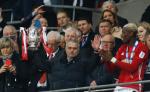 José Mourinho ganó su primer título ante el Southampton en la Copa de la Liga Inglesa. LA PRENSA/AFP LA PRENSA/AFP