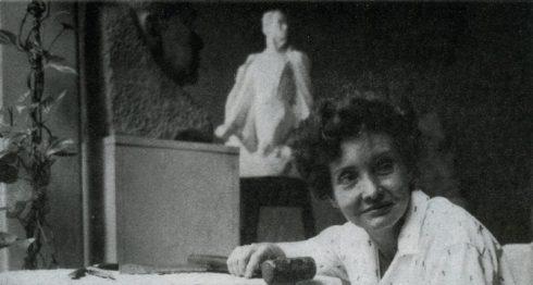 Unas de las constantes en la escultura de Edith Gron fue la figura de Rubén Darío, lo moldeó en barro, lo talló en piedra, en madera y mármol.LA PRENSA/ARCHIVO