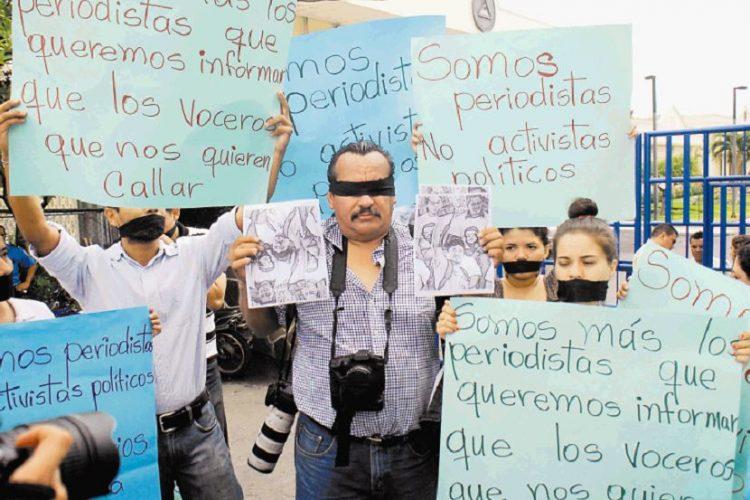 http://s3.laprensa.com.ni-bq.s3-us-west-2.amazonaws.com/wp-content/uploads/2017/02/28194430/censura-750x500.jpg