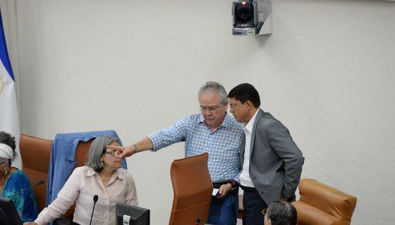 INE, David Castillo, renuncia, César Zamora