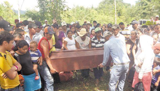 La muerte de Modesto Duarte en El Portal, Pantasma, ocurrió tras la explosión de una mochila bomba, uno de los múltiples casos en impunidad. LA PRENSA/ARCHIVO