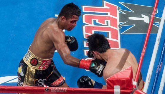 Román González tuvo un gran cierre de combate ante Rungvisai. LAPRENSA/ OSCAR NAVARRETE