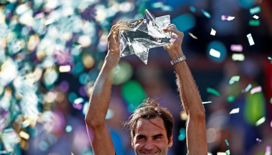 Roger Federer celebra su título. LAPRENSA/ EFE