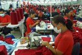Mujeres estancadas en empleos precarios