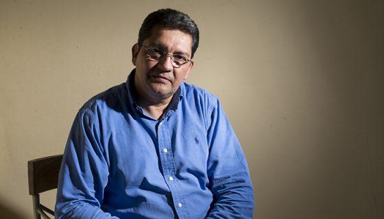 Bismark Rivas estuvo nueve años en exilio en Costa Rica, durante ese tiempo vivió en siete lugares y regresó al país hasta en 1994, cuando ya tenía 29 años. Foto: Lisa Villagra / La Prensa