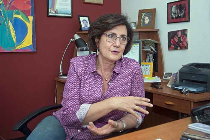 La socióloga Mónica Zalaquett dice que fue la guerra de los ochenta la que la impulsó a trabajar hoy en favor de la no violencia. Foto: La Prensa