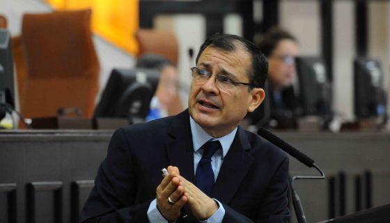 INE, candidatos, Oscar Carrión, Gilberto Wong, David Castillo