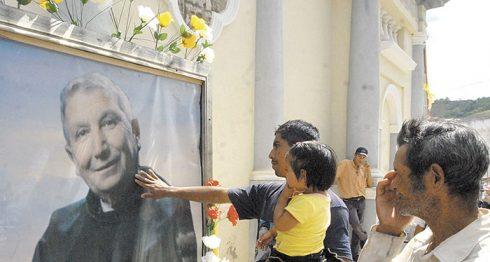 La veneración de los fieles al padre Odorico D' Andrea en San Rafael del Norte, es un acontecimiento único en Nicaragua. Los fieles llegan a ese municipio de Jinotega desde todas partes del país. LA PRENSA/ARCHIVO