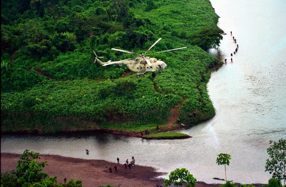 Los helicópteros obtenidos gracias a al Unión Soviética potenciaron la movilidad del Ejército Popular Sandinista y de los Cachorros del Servicio Militar. Foto: Cortesía - Archivo personal de Óscar Navarrete / La Prensa.