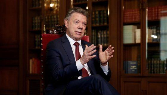 A Juan Manuel Santos lo prepararon desde pequeño para ser presidente de Colombia, como lo fue años atrás su tío abuelo Eduardo Santos. Aunque primero fue periodista y estuvo en Nicaragua. LA PRENSA/ ARCHIVO