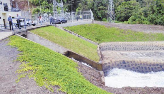 Hidroeléctrica, Centro Humboldt, Cambio Climático