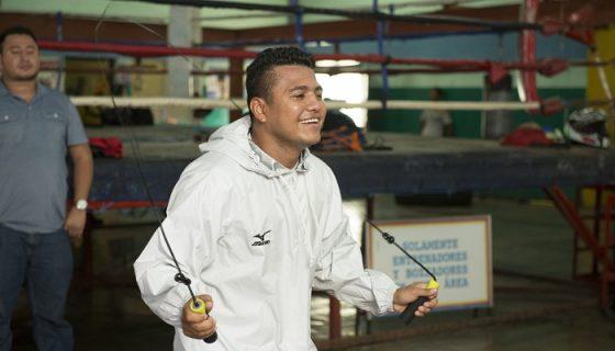 A Román González se le ha visto animado en sus sesiones de entrenamiento en Managua. LA PRENSA/URIEL MOLINA