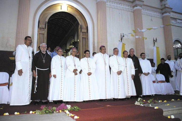 Obispos, Nicaragua, Iglesia Católica,
