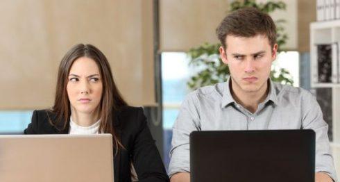 enemigo en el trabajo