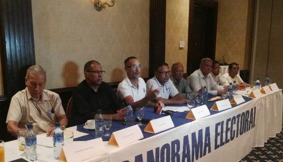 """Miembros del Consorcio """"Panorama Electoral"""", encabezado por Ética y Transparencia."""