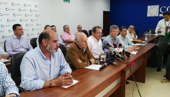 Rosendo Mayorga, vicepresidente del COSEP, al leer el comunicado de este miércoles. LA PRENSA/Y. LÓPEZ