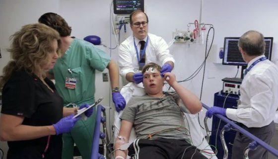 terapia de electrochoque, niños autistas