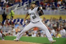 JC Ramírez recibió siete hits pero ninguna carrera de parte de la ofensiva de los Marlins. LA PRENSA/AP/Lynne Sladky