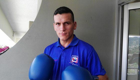 Osmar Bravo peleará en los cuartos de final del Campeonato Continental de Boxeo que se realiza en Tegucigalpa, Honduras. LA PRENSA/BAYRON SAAVEDRA