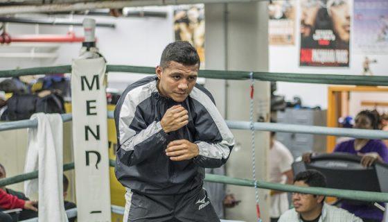Román González volverá al país y cuando se acerque la fecha del combate partirá a Costa Rica, donde terminará su preparación. LA PRENSA/OSCAR NAVARRETE