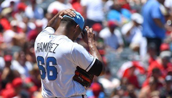 JC Ramírez tuvo la apertura más corta en su naciente paso como abridor de Grandes Ligas, al lanzador solo tres innings ante los Royals de Kansas City. LA PRENSA/Jayne Kamin-Oncea/Getty Images/AFP