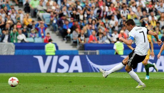 Julian Draxler anotó de penalti el segundo gol de Alemania ante Australia, en la Copa Confederaciones. LA PRENSA/AP/Martin Meissner