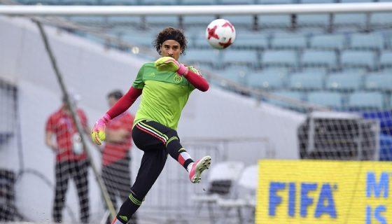 Guillermo Ocho fue importante en el empate de México con Portugal. LA PRENSA/ AFP/ YURI CORTEZ