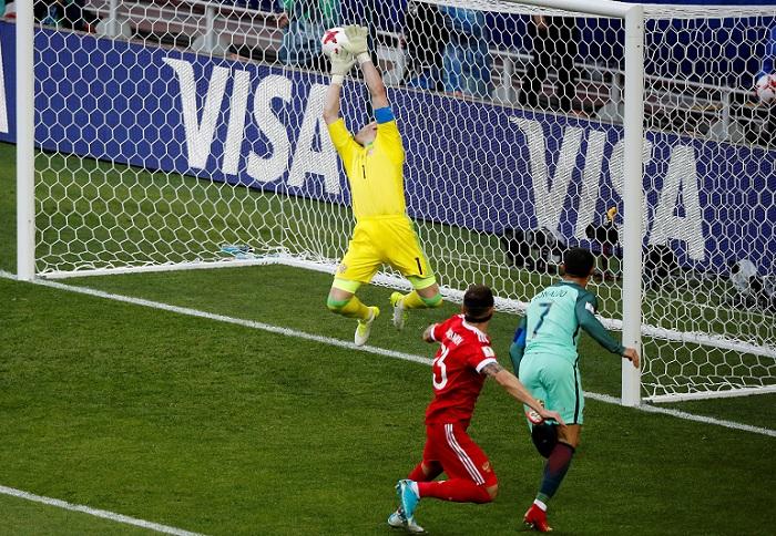 Cristiano Ronaldo fue declarado el mejor jugador del partido entre Portugal y Rusia. LA PRENSA/AP/Alexander Zemlianichenko