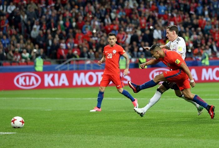 Alexis Sánchez empató el juego entre Chile y Alemania a un gol. LA PRENSA/EFE/Tolga Bozoglu