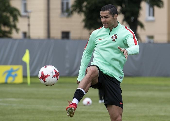 Una vez más Cristiano Ronaldo será el hombre clave para Portugal. LA PRENSA/EFE/Georgi Licovski