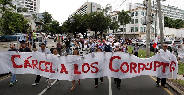 Fiscalía de Panamá dice que se blanquearon fondos estatales para compra de medios privados