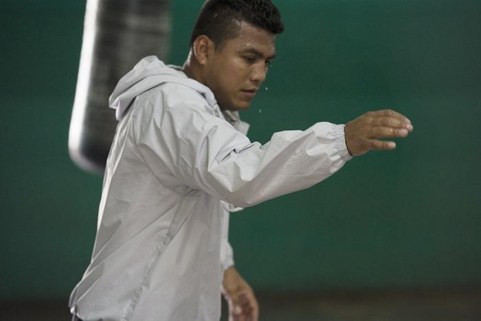 A Román González le queda poco tiempo de trabajo en el país, antes de establecerse en el extranjero. Foto: Uriel Molina/ Archivo