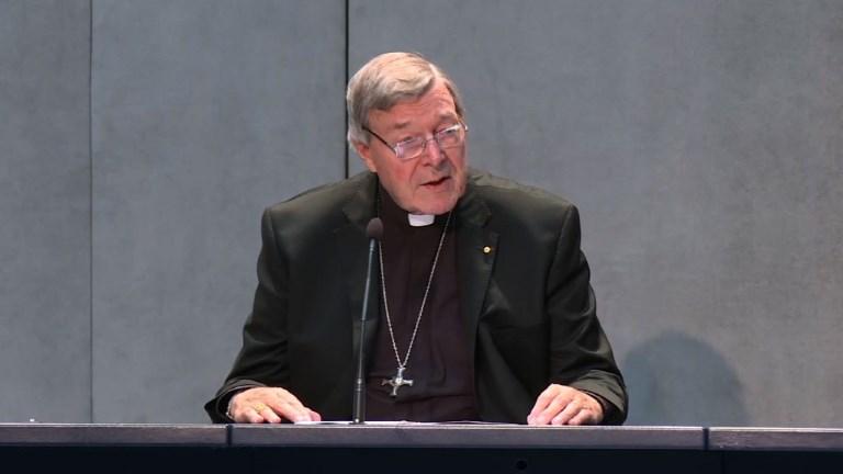 Cardenal George Pell, número tres del Vaticano, rechaza acusaciones de abuso sexual