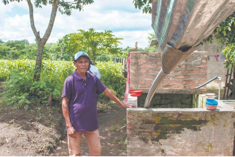 Agua de lluvia resuelve la escasez en jalapa - Recoger agua lluvia ...