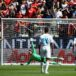 Modric pone magia y los jóvenes ilusión en debut del Real Madrid