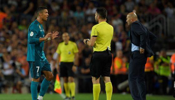 Cristiano Ronaldo no jugará en la vuelta de la Supercopa de España y cuatro partidos de la Liga española. LA PRENSA/AFP/LLUIS GENE