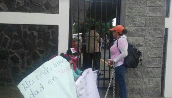 Militantes del FSLN de Jalapa (Nueva Segovia) rechazan al candidato que quiere imponer el partido. Foto: Emiliano Chamorro
